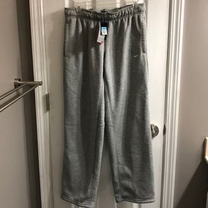 NWT Nike Therma-Fit Pants